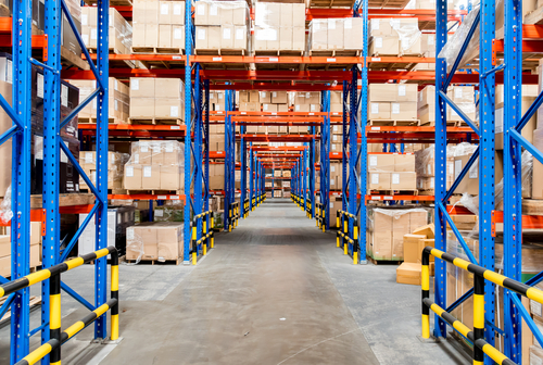Warehouse storage of retail merchandise